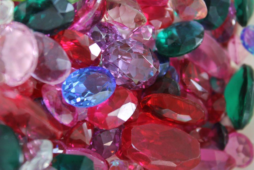 Восхитительные камни самоцветы